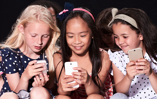 The Best Technology-Screen Time Contract For Kids