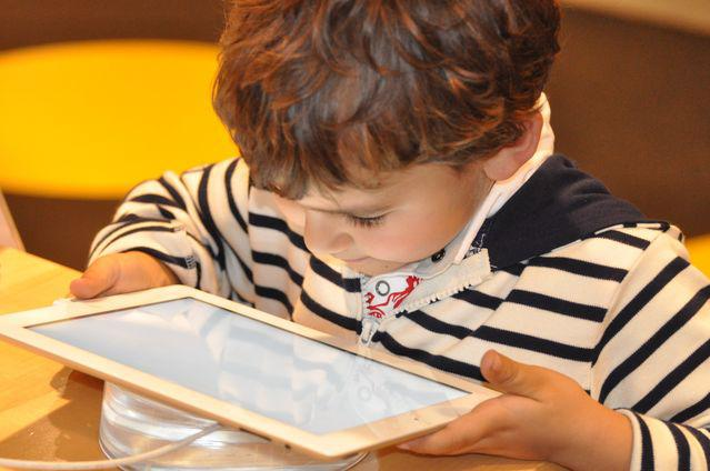 Screen Time: The Impact on Kids and Parenting
