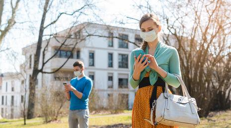 What To Do When Your Relationship Implodes During a Pandemic