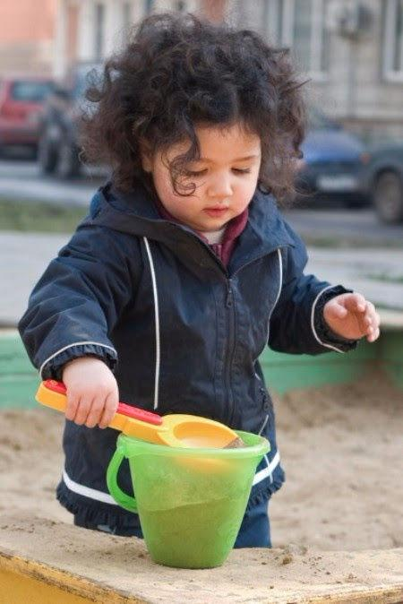 Supporting Your Child To Play Independently