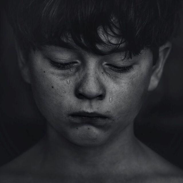 7 Thoughts That Make Children and Teens Feel Miserable